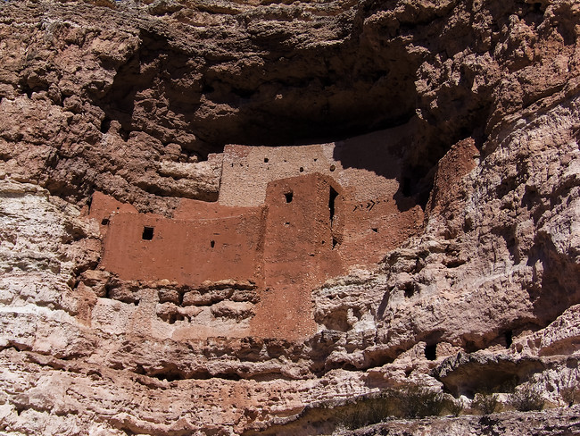 montezuma's castle arizona cliff dwelling