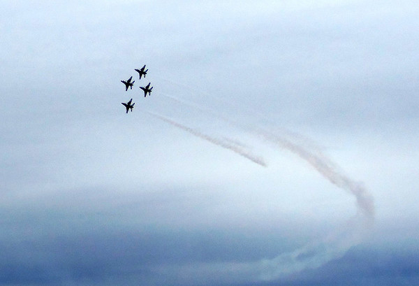 USAF Thunderbirds in formation at Alliance Air Show